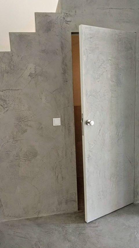 microcemento puertas